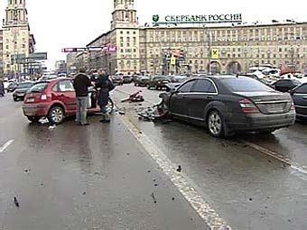власть, авария на ленинском1.jpg