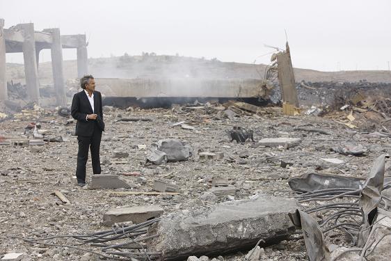 На остатках Ливии.jpg