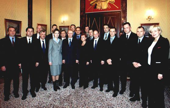 http://communitarian.ru/upload/medialibrary/a66/a666bb7c2e2d822239c8d68754b36a48.jpg