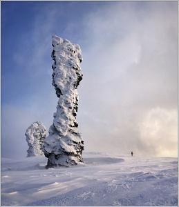 Потрясающая природа России. Мансийские Болваны height=300